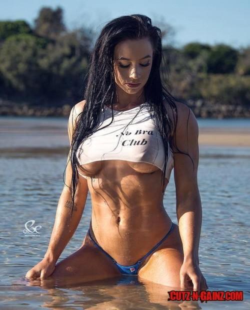 Danielle-Mitchell-IFBB-Bikini.jpg