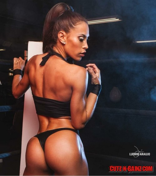 Romina-Basualdo-IFBB-PRO-5.jpg